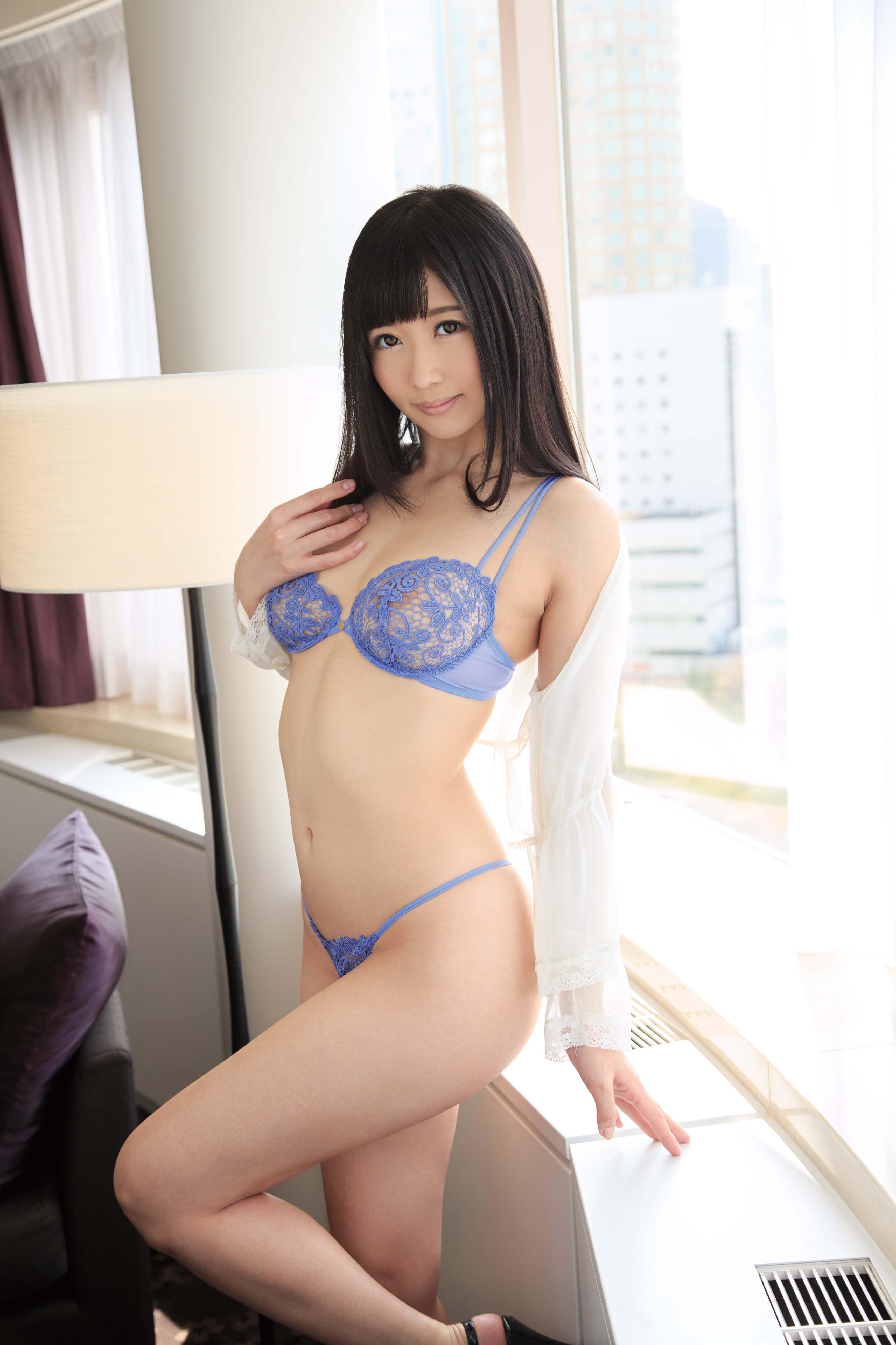 01_Hibiki Otsuki_20Z0531_RT100_sample